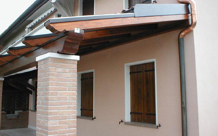 Padova ecco a cosa servono le pensiline in legno prezzi for Pannelli in legno lamellare prezzi