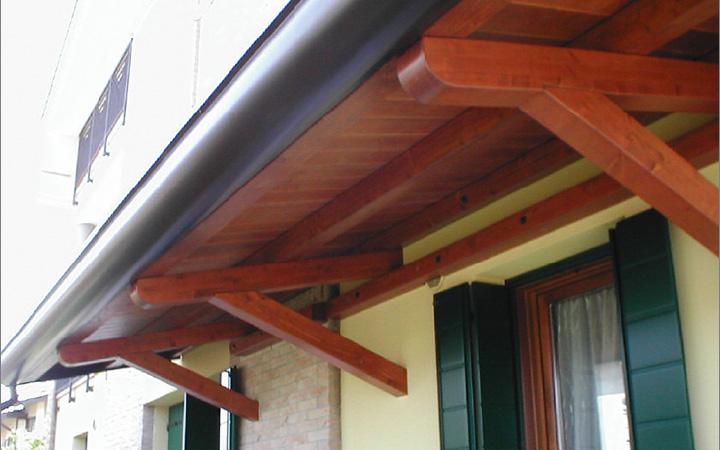 Padova ecco a cosa servono le pensiline in legno prezzi for Lamellare prezzi